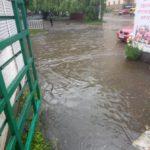 266918_u_lvovi_zliva_za_licheni_hvilini_zatopila.jpeg